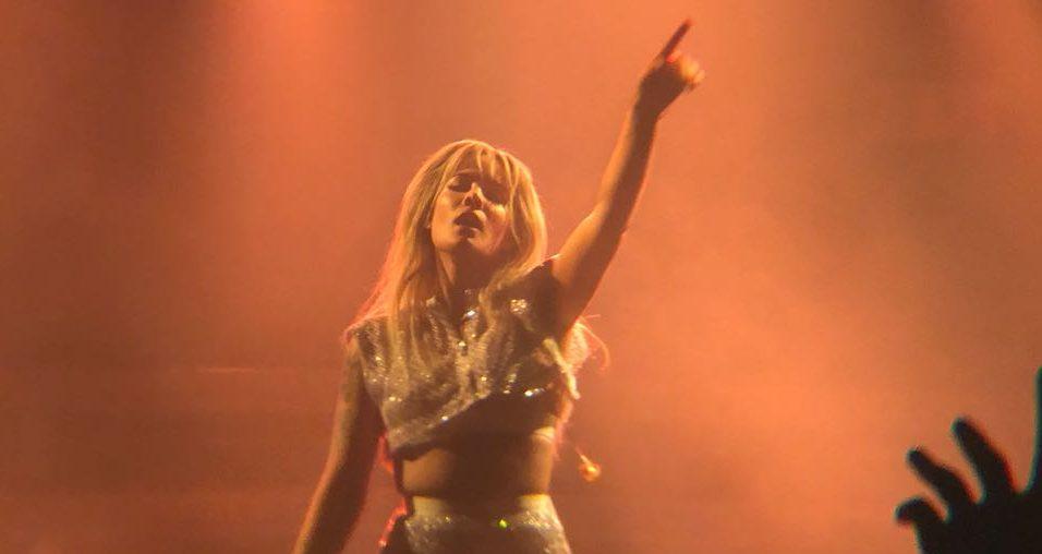 """1a539835bd9 A estreia solo de Lauren no Brasil e a conexão de Halsey com fãs  confira  tudo o que rolou! """"R.O.S.E.""""  O álbum mais Intimista e Visceral de Jessie J"""