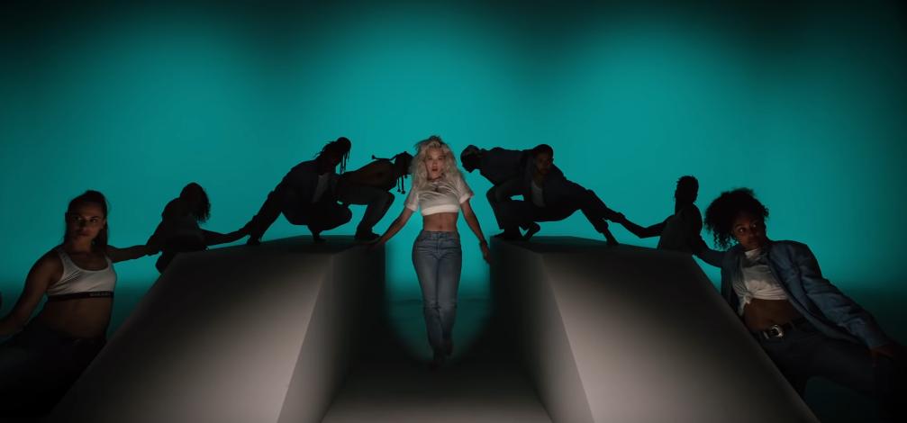 """Ouça """"Ritual"""", parceria de Tiësto com Rita Ora e Jonas Blue"""