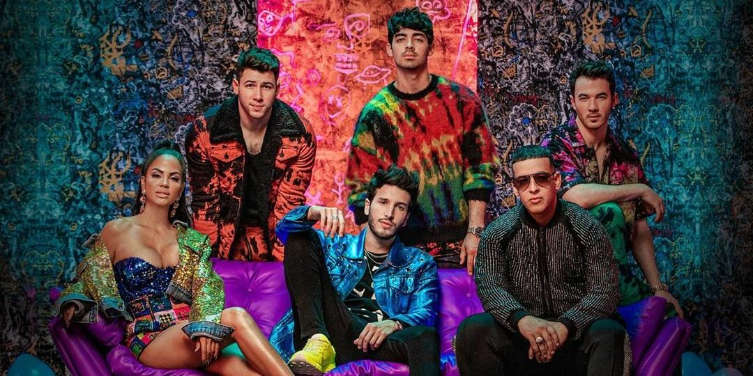 "Confira ""Runaway"" parceria de Sebastián Yatraa com Jonas Brothers, Daddy Yankee e Natti Nathasa"