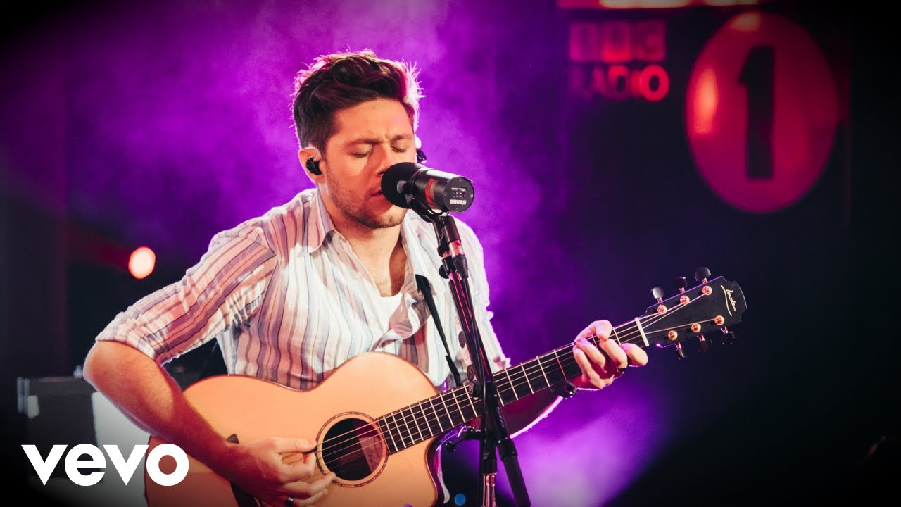 Niall Horan no Live Lounge