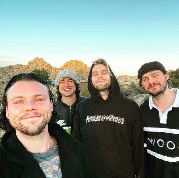 5sos gravando o novo álbum