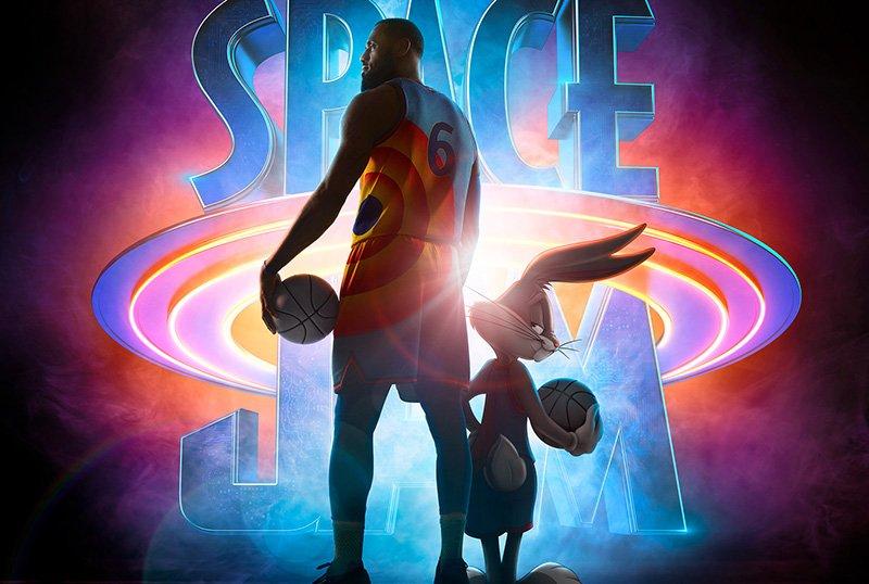 """Pôster promocional de """"Space Jam: Um Novo Legado"""", estrelando LeBron James"""